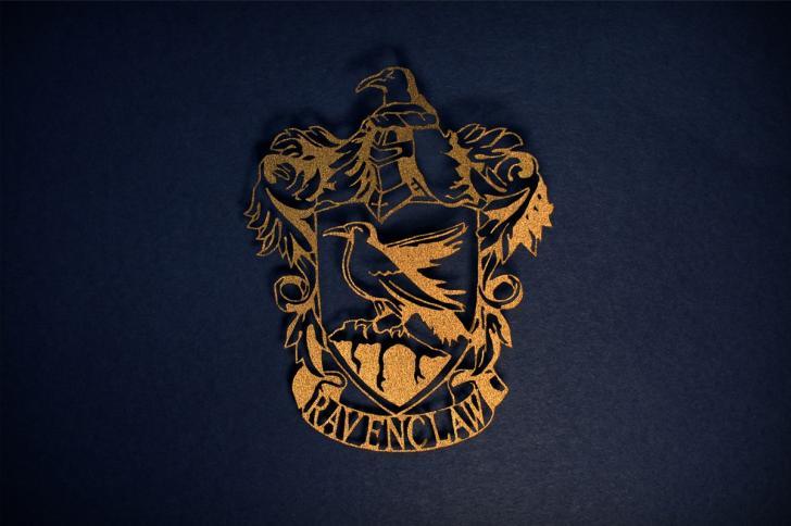 Ravenclaw Crest Chrome Theme - ThemeBeta