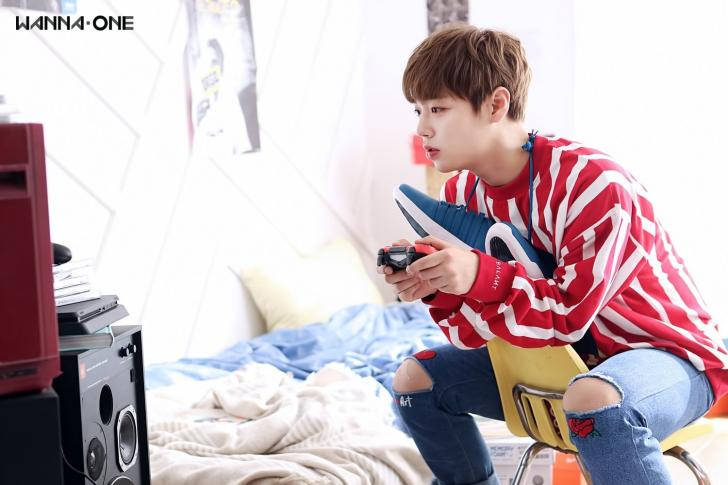 Wanna One Park Jihoon Chrome Theme Themebeta